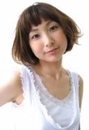 小顔になる70'S風夏のフラッフィーアッシュ | 美容室 茨城 古河 | TAKUMI GROUP タクミ グループ