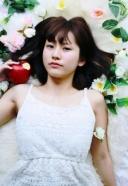 白雪姫が毒リンゴを食べたけど、目が覚めた 的なスタイル | 美容室 茨城 古河 | TAKUMI GROUP タクミ グループ