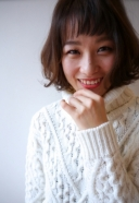 ちょっぴり大人めボブ×ミルクティーベージュカラー | 美容室 茨城 古河 | TAKUMI GROUP タクミ グループ